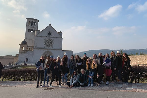 Ashley Hall Amalthea Scholars in Italy in February 2019.